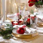 Tavola-di-Natale-rosso classico